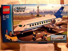 LEGO CITY   -   AVION DE PASSAGER BI-REACTEUR  (BOÎTE SCELLEE) 3181