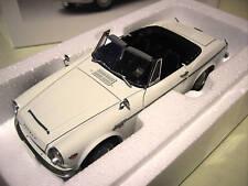 DATSUN FAIRLADY 2000 SR311 cabriolet blanc 1/18 AUTOart 77433 voiture miniature