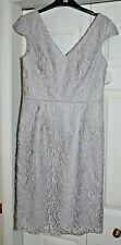 Vestido de encaje nuevo 12 Gina Bacconi gris plata Mini con hombrera estructuración
