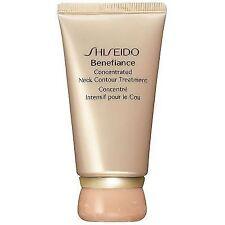 Prodotti pelle matura Shiseido per la cura del viso e della pelle