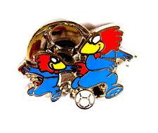 "SPORT Pin / Pins - FIFA WM FRANCE 1998 ""ARTHUS BERTRAND"" / FOOTIX [4027B]"