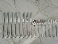 Oneida Summer mist Autumn glow WM.A Roger deluxe stainless 15 pc lot knife fork