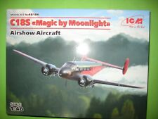 """ICM 48186 1:48th échelle Beech C18S /""""Magic by Moonlight/"""" American Airshow Aircraft"""