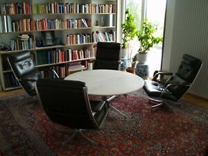FABRICIUS & KASTHOLM 4 FK85 SESSEL LOUNGE CHAIRS + 1 T105 TISCH COFFEE TABLE