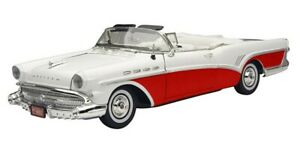 1957 BUICK ROADMASTER CONVERTIBLE RED 1:18 DIECAST MODEL CAR BY MOTORMAX 73152