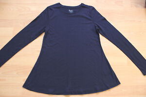 BODEN  navy blue featherweight swing Tee.  size  XS   6 WO088