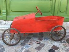 voiture à pédales ancienne en bois et métal