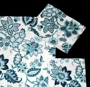 C HOME JACOBEAN Blue Green Floral Scroll Plush Velour Decorative Hand Towel NWOT