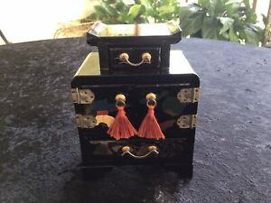 Japan Black Lacquer Jewelry Box *FREE SHIPPING*