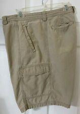 Tommy Bahama Relax Men's Cargo Shorts size 38.