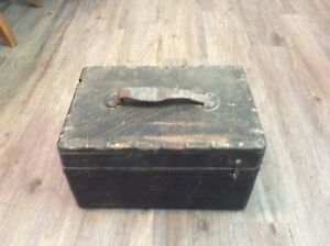 Antique Collectible 1800s Shotgun Reloading Box