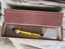Kugelschreiber LAMY gelb Holzdose
