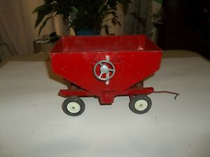 1/16 IH International Ertl Gravity Wagon Farm Toy Tractor Implement !