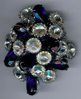LARGE VINTAGE DIMENSIONAL FACETED CLEAR & BLUE GLASS RHINESTONE PIN BROOCH