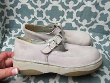 Buggy Women's Light Pink Leather T Strap Shoes France Size 40 / 9