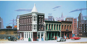 Walthers Cornerstone N Scale Building/Structure Kit Merchant's Row II Downtown
