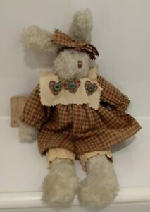 Boyds Artisan Series. Soft Plush 30cm Bunny Rabbit With Tags