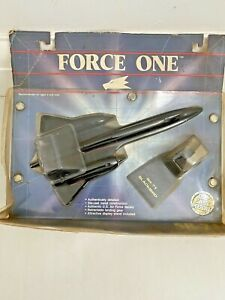 ERTL FORCE ONE   LOCKHEED SR-71 BLACKBIRD 1988 NEW!!  IN ORIGINAL PACKAGING.
