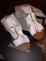 NEW BOXED BELLISSIMO LADIES WHITE SANDALS WITH DECORATIVE FRONT GOLD TIE UK 6
