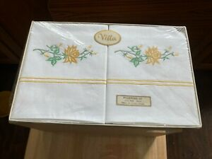 Vintage Vista White Embroidered Pillowcases x 2 NEW IN BOX