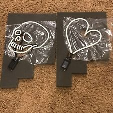 Neon Mfg Set Of 2 Skull And Heart Neon Signs- See Description