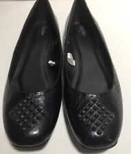 Mossimo Black Diamond Stud Flats Size 9.5