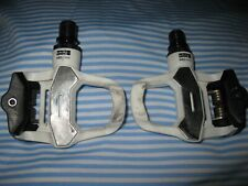 Look KEO 2 MAX model road bike pedals made in France with new grey cleat set
