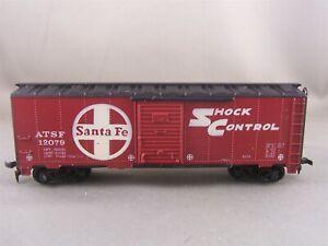 Tyco - Santa Fe - 40' Shock Control P/D Box Car # 12079