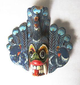 Masque tribal ethnique mask  indonesien . Bois massif