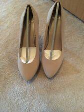 Stelleto Heels Size 3.5 Mango Nude