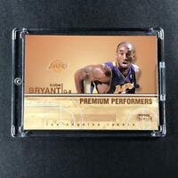 KOBE BRYANT 2004 FLEER #16 PREMIUM PERFORMERS INSERT CARD LAKERS NBA MAMBA