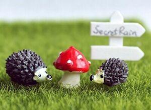 AKORD Miniature Resin Garden Fairy Flower Pot Plant Decor Hedgehog &Mushroom Set