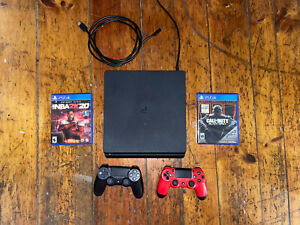 Sony Playstation 4 Slim 500 GB PS4 + 2 Controllers + Black Ops 3 + 2K20