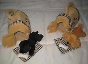 LOT OF 2 ANIMAL ALLEY PLUSH DOGS W/CARRYING CASE
