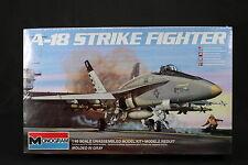 YE031 MONOGRAM 1/48 maquette avion 5807 A-18 Strike Fighter A18