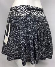 Lululemon Skirt Circuit Breaker Skirt Tall Size 4 Iced Wave Breaker White Black