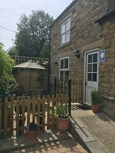 Holiday Cottage 2 bed 🅿️ WiFi 17th - 24th Oct. Dog Friendly, Pretty Village