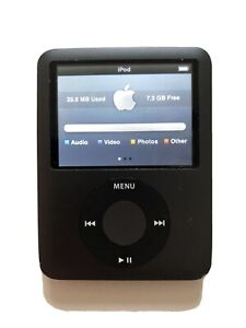 Apple iPod Nano 8GB 3rd Generation - Black