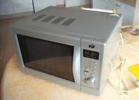 Medion FiF Mikrowelle mit Grill Silber 800 W   MD 10482