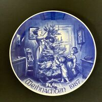 """Bareuther Waldsassen Plate Christmas 1987 """"Decorating The Tree"""" Limited Edition"""
