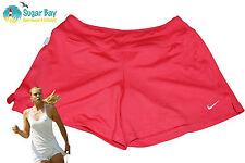 Nike DriFit rimanere FRESCO Donna Pantaloncini Da Tennis Con Pantaloncini Interni Rosa Fragola S