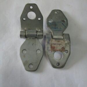 TOYOTA LAND CRUISER BJ / HJ / FJ BACK DOOR UPPER LEFT HINGE ASSY (68802-90A00)