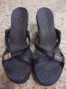 Crocs Slip On Black High Heel Sandals~Straps~MINT!