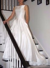 In Stock Size 8 Elegant White Wedding Dress with pocket, lace up back