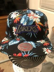 Mitchell and Ness NBA Los Angeles Lakers Floral Break SnapBack New (Sold Out)