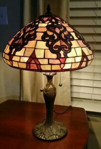 "TIFFANY STYLE STAINED GLASS 26"" 3 BULB TABLE LAMP GORGEOUS!"