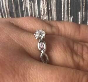 AUD$ 12,800 Platinum Argyle Pink & White Diamond E/VVS Ring