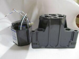 Q HEX MINI Q-HEX-M20W 120V 60HZ 24AC 20W low-voltage transformer power supply