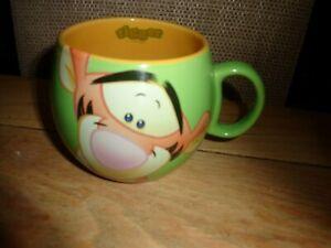 🎄🎅🐅 DISNEY Green TIGGER Barrel Mug Winnie the Pooh
