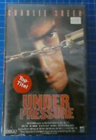Under Pressure - VHS Kassette - Charlie Sheen Thriller Film Largo - D..-474